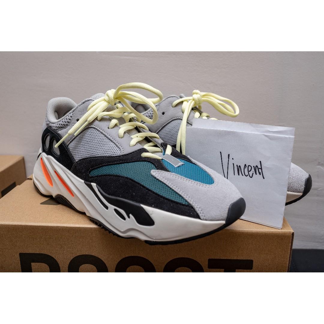 845b0fbdffe71 Yeezy Wave Runner 700 OG US10 UK9.5
