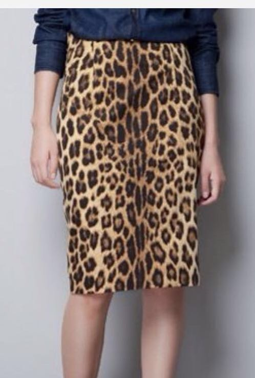 2e581d0cc Zara Leopard print pencil skirt, Women's Fashion, Clothes, Dresses ...