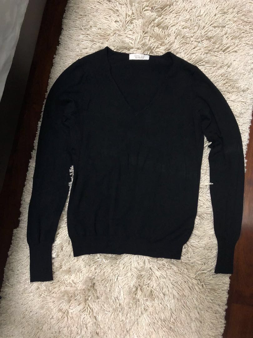 3f50ac9a Zara Man Sweater Vneck, Men's Fashion, Clothes, Tops on Carousell