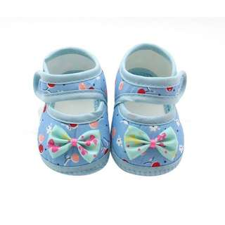 Blue printed baby shoes
