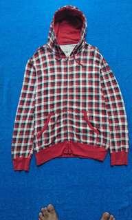 Uniqlo motif flannel