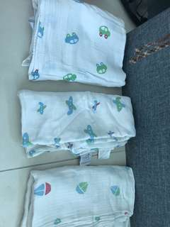Aden and Anais swaddle used