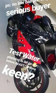 BMW S1000RR test water ! read description.