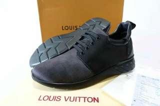 Sepatu pria Lv ori leather