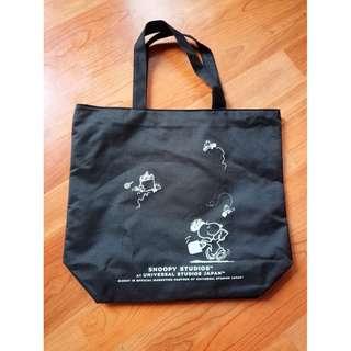 日本限定 SNOOPY 聯名 日本環球影城 USJ 黑色 特製托特包 單肩包 手提袋 手提包 購物袋 史奴比 史努比