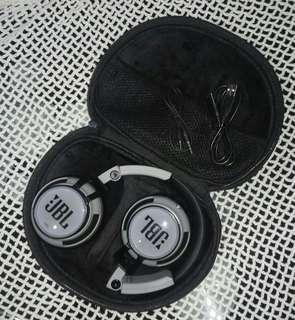 JBL Synchros 400BT Bluetooth Wireless On-Ear Stereo Headphone