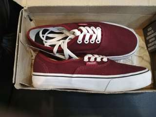 Rhumell Red maroon