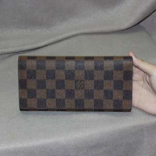 lv trifold wallet  premium quality