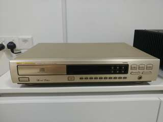 Marantz CD63 spacial edition *gold series