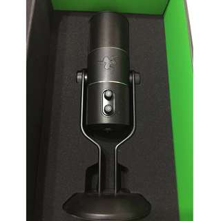 Used Razer Condenser microphone for streaming and voice recording