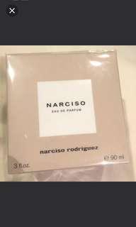 ORI eau de parfum narciso (narciso rodriguez) 90ml sale 50%: IDR 750,000 belum ongkir. NO NEGO. Harga special