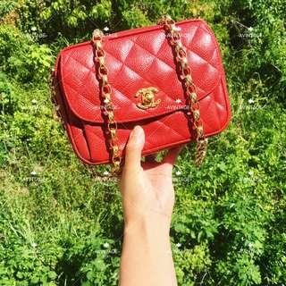 (SOLD)Chanel Vintage 紅色荔枝皮金球 Camera Bag