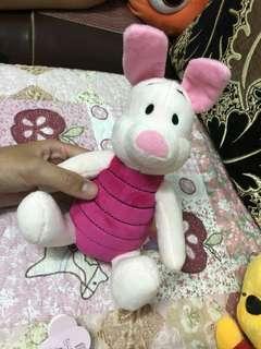 🚚 迪士尼 小豬娃娃