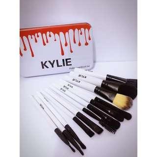 Kylie 12 pcs Makeup Brush Set