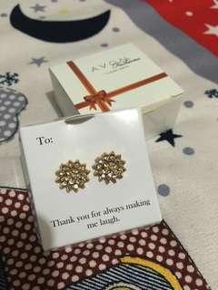 Avon gold earrings