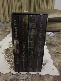 Lord of the Rings set novel komplit Rp 50.000/novel