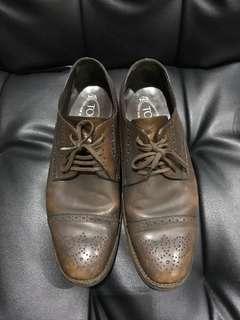 Sepatu Tods original