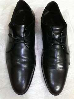 Sepatu kulit pantofel Wetan