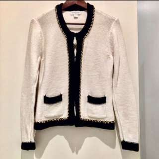 Vintage Cardigan looks similar to the Chanel One