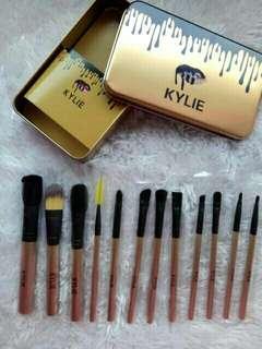 12 pcs. Kylie Brush Set