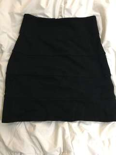 Talula fitted skirt size 4