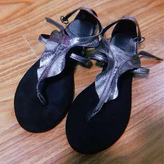 Stradivarius - Flat Sandals