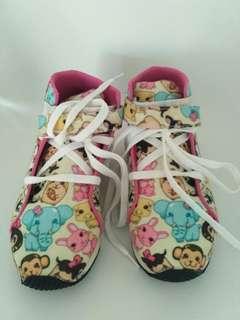 Sepatu Anak Motif Lucu