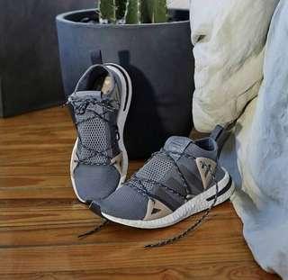 Sepatu Adidas Arkyn