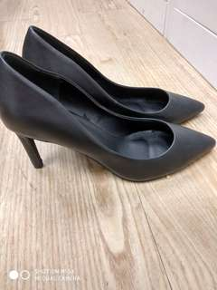 Black shoes, office shoes,  39 size