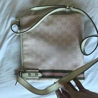 GUCCI pink sling bag