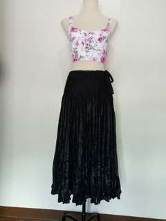 Pleeted Black Laced Type Skirt