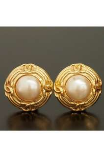 VINTAGE CHANEL Pearl earrings 珍珠 耳環 復古