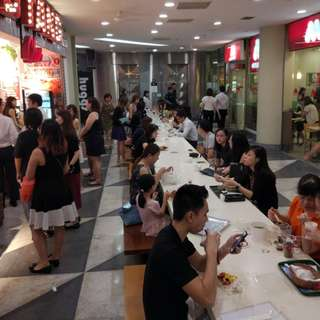RARE F&B Unit with UNLIMITED Human Crowd for Takeover @ Raffles Place! ZERO TAKEOVER FEES!!!