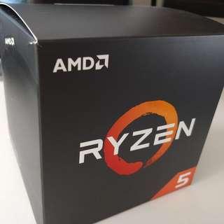 AMD Ryzen 5 2600x CPU with Heatsink