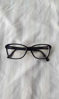 Black Burberry glasses frames with wooden trim