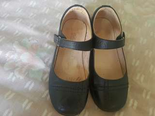 Florsheim Black School Shoes for girls