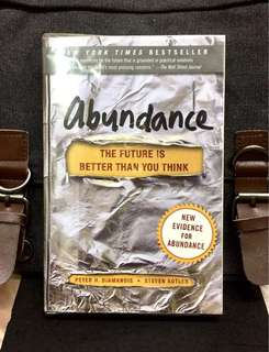 "《New Book Condition + How Technological Revolution Can Improve Lives of The ""Bottom Billion"" People Through Creating Abundance Supply》Peter Diamandis & Steven Kotler - ABUNDANCE : The Future Is Better than You Think"