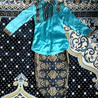 Gal Baju Kurung Songket Design