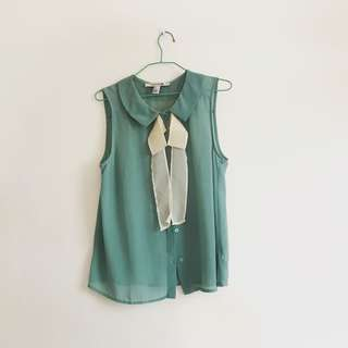 FOREVER 21 sage green sleeveless blouse with bow detail