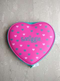 Smiggle New Pop Out Hard Heart Case