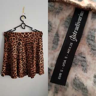 Rok leopard stadivarius