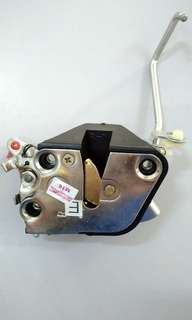 Door Inner Lock (F/RH) for Toyota KM36