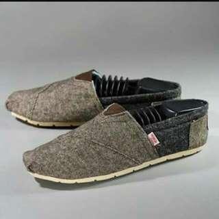 Sepatu wakai men only 100k original