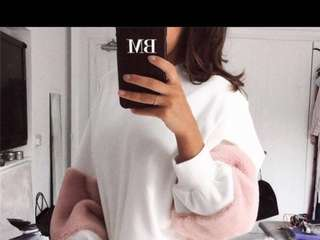 Long sleeve with faux fur pink sweater white sweater (PO)