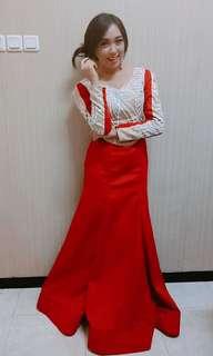 Gaun merah putih red white dress