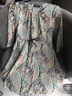 Valleygirl size 8 pattern shift dress
