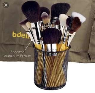 Bdellium Tools 24 pcs Luxury Brush set
