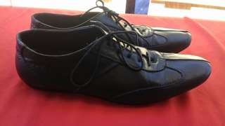 Sepatu kulit emporio armani size 42
