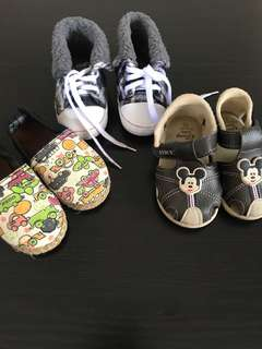 Bundle Baby Shoes for 1 year to 2 year..