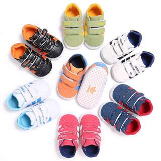 🚚 Adidas Baby Sneakers 2017